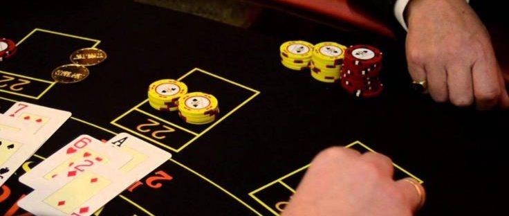 Mainkan Poker Online di Casino